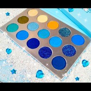 All~In~Blue Palette Waterproof 💦